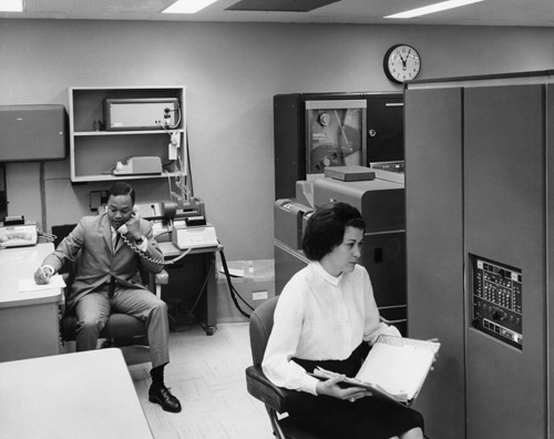 Mobil Oil Corporation employees in a computer lab, undated. ExxonMobil Historical Collection. di_06508