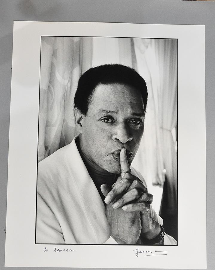 Portrait of Al Jarreau. © The Estate of Jacques Lowe.