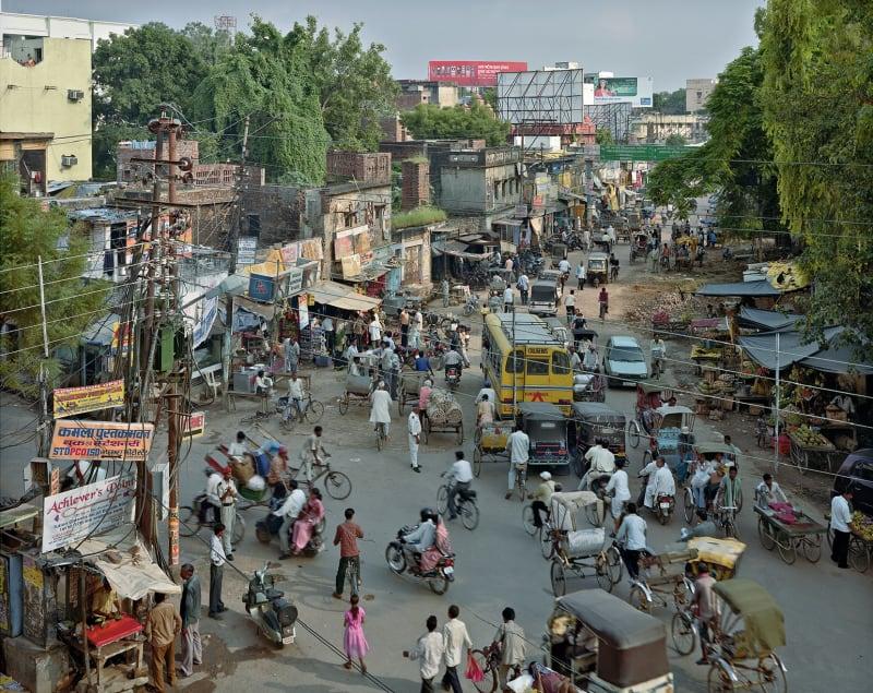 Jagatganj Road, Varanasi, India, 2007. © Robert Polidori